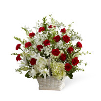 The FTD® In Loving Memory™ Arrangement